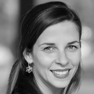 INTERNATIONAL STUDY PROGRAMS - Zuzana Smith